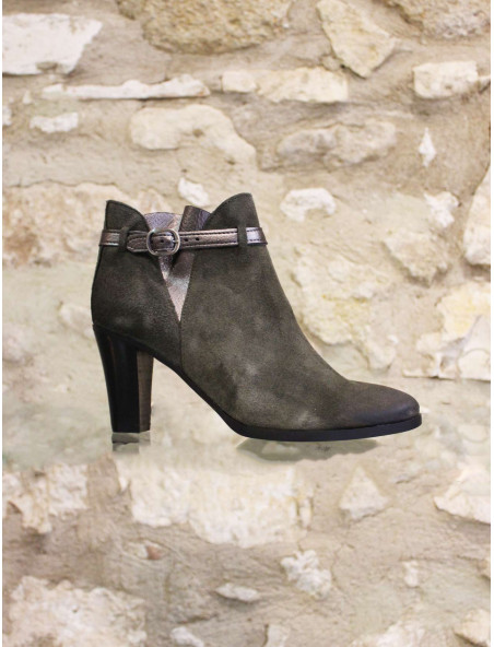 Boots à talon kaki