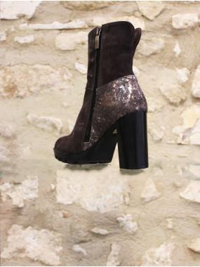 Boots à talon grise