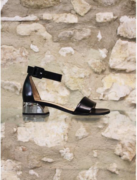 Sandale talon argenté
