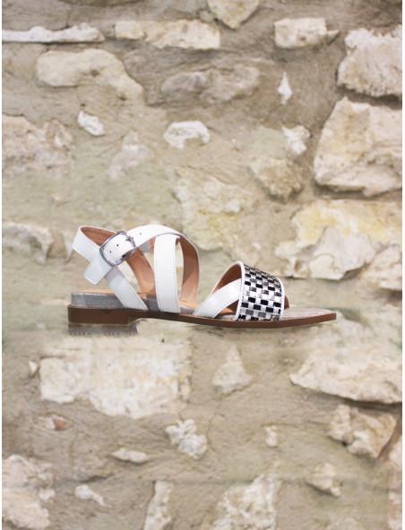 Sandale à damiers