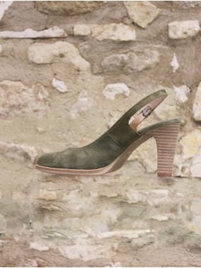 Escarpin en croûte cuir kaki à talon haut