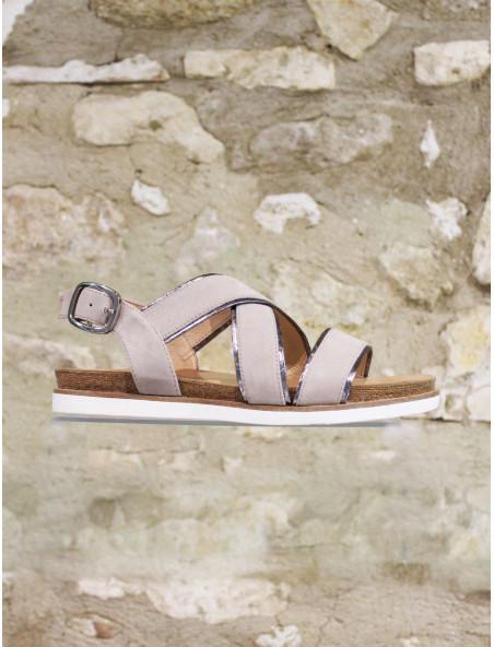 Sandale beige au liseré argenté