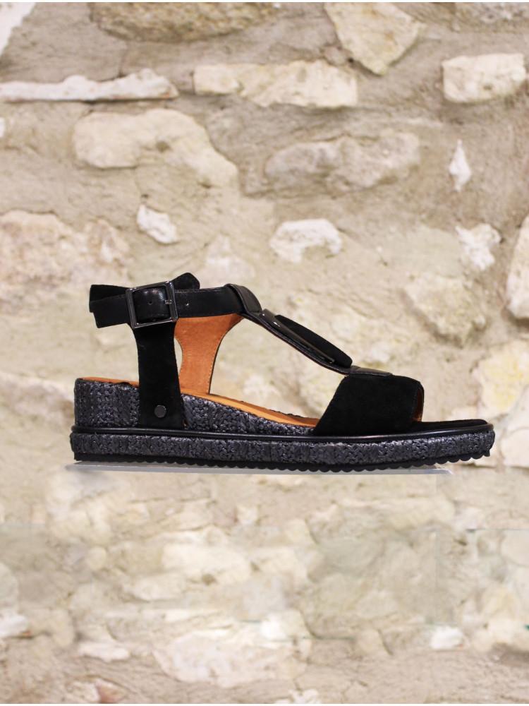 Sandale à semelle compensée finition raphia