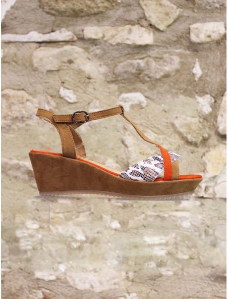 Sandale ultra légère orange camel et python