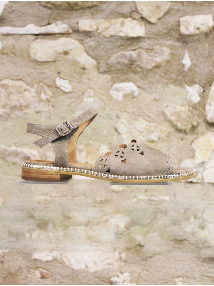 Sandale dentelle kaki poudré