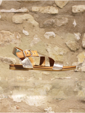 Nu-pieds en cuir souple doré à sangle bicolore