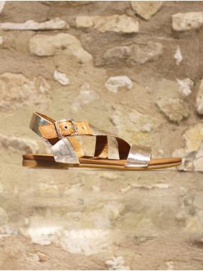 Nu-pieds en cuir souple doré