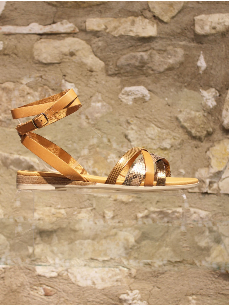 Nu-pieds quatre couleurs à double bride de cheville camel