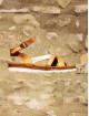 Sandale en cuir naturel et bride irisé