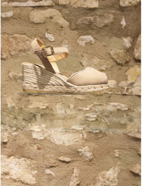 Sandales taupe en croûte de cuir