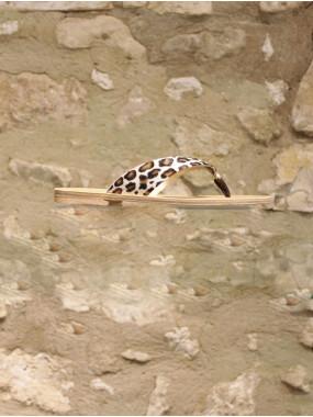 Tong en cuir façon peau de léopard