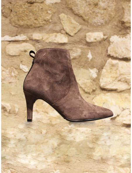 Elégante low boots en cuir velours taupe