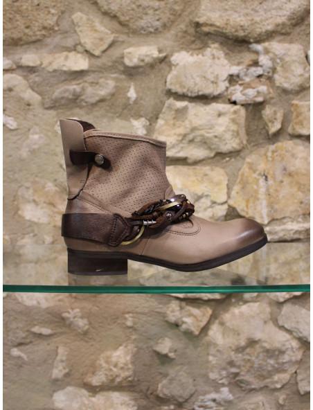 Boots bracelet cuir