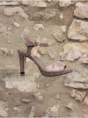 Sandale à talon branchée